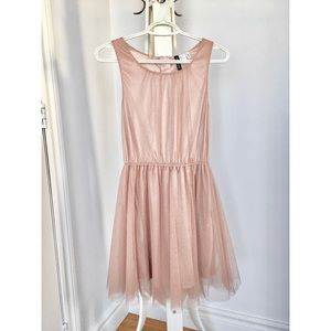 Shiny rose gold / blush dress w crinoline - Size 6